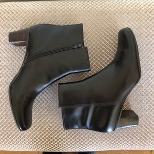 Naturalizer Garth Brown Faux Leather Ankle Boot